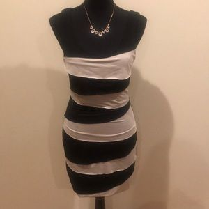 Forever 21 cream and black body con dress - Small